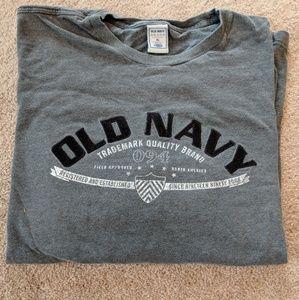 💜Men's Long Sleeve Old Navy Top💜